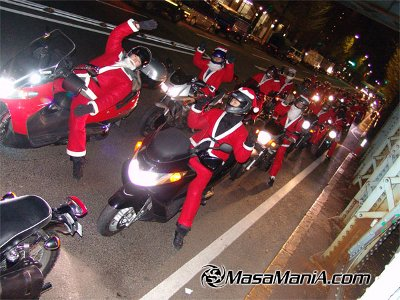 Photo of Japanese santa ride motor bike
